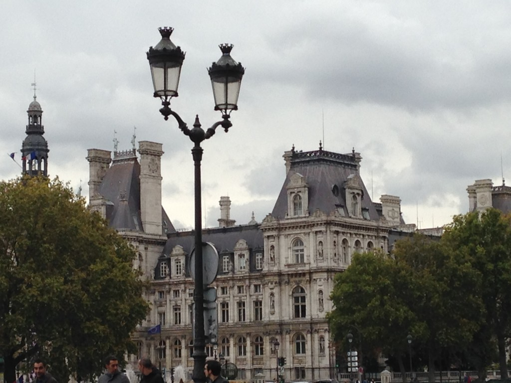 This, my friends, is City Hall. Oh, Paris, you're just so beautiful!
