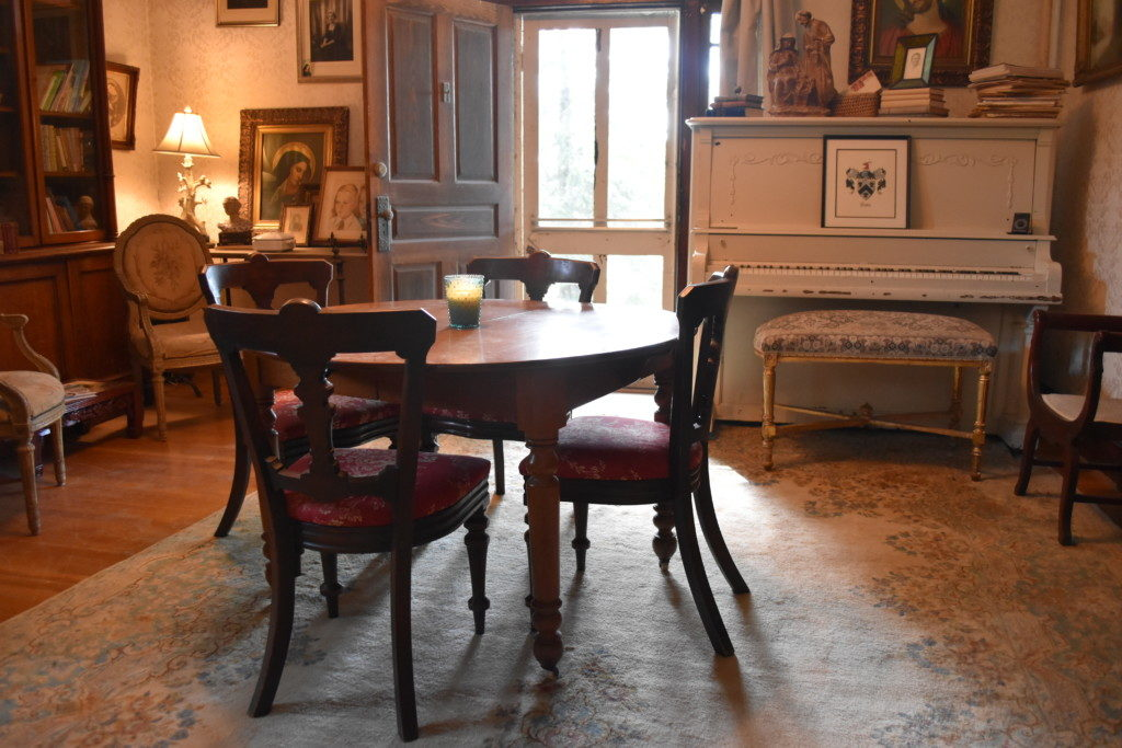 antiques, vintage, decorating The Long Room, redefining home