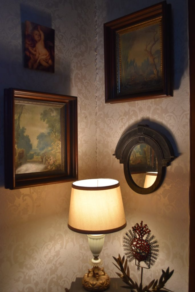 fragonards, wall art, corner lighting