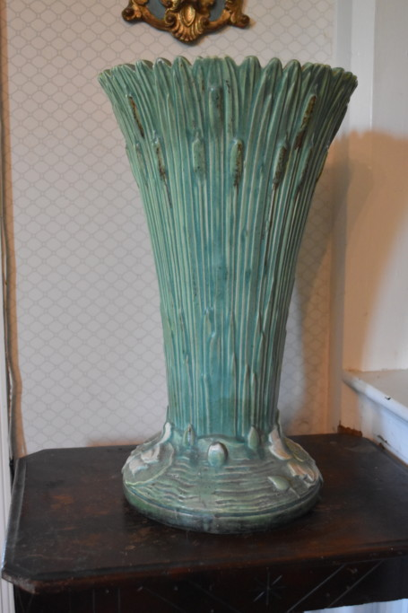 Back of the Roseville vase