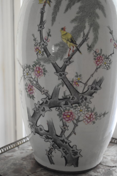 Detail of the painting on the Chinese urn