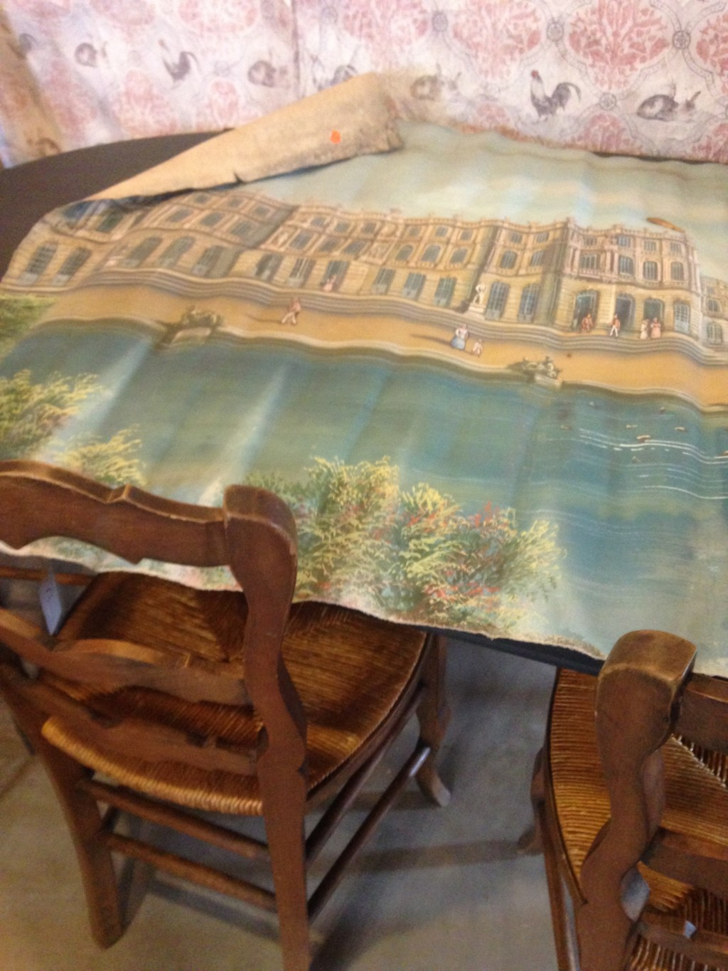 This piece just tickles me. It's a 4' wide canvas depicting Versailles circa 1900. I'm not sure if it's a prop or promotional image. But it's just so cool!